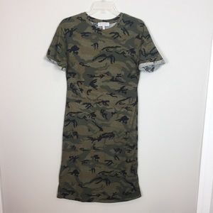 FINAL PRICE Hayden camo T-Shirt Dress